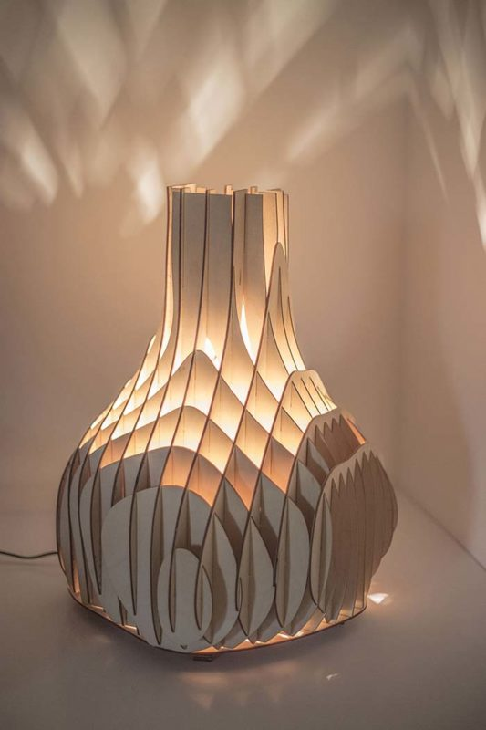 Sweet Curves Light - an amorphic-shaped table/floor lamp