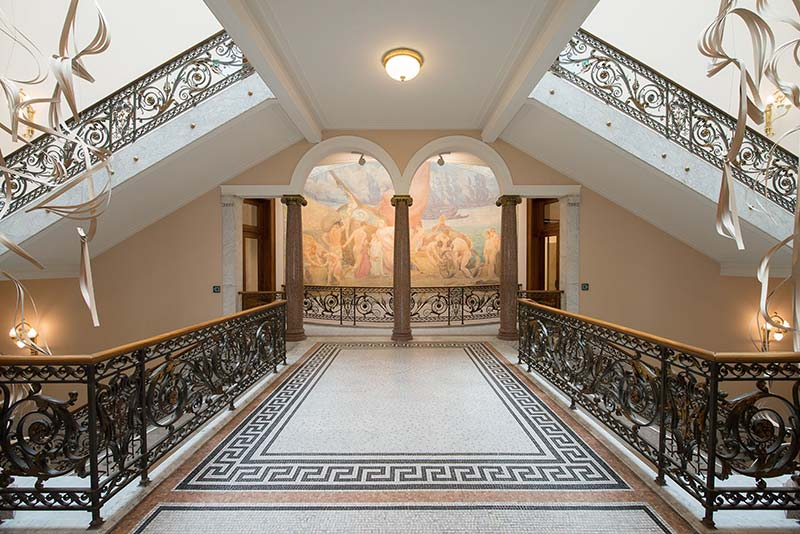 Sculptural staircase brings old and new together in historic Brussels building
