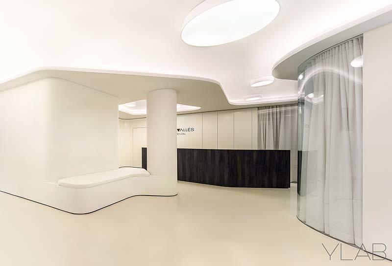 Vallès Dental Office by YLAB Architects