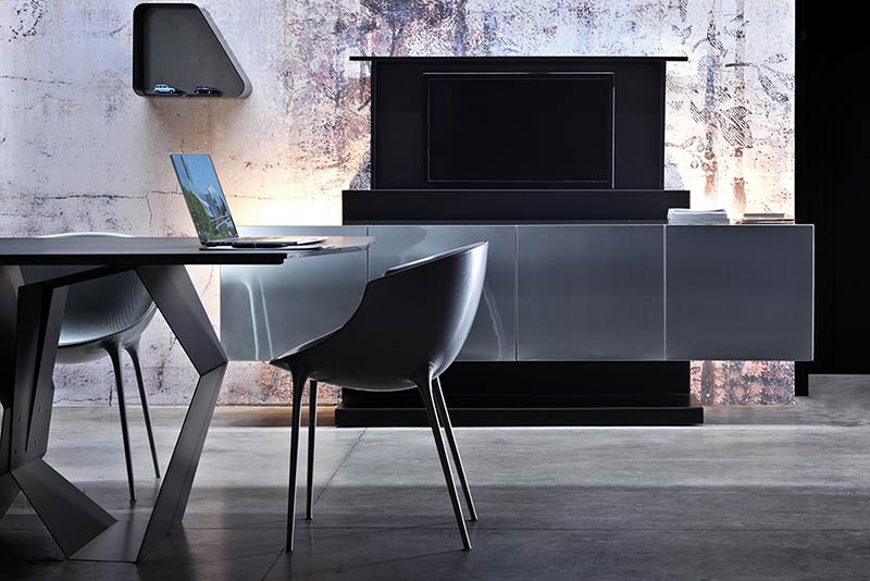 SOHO, the sideboard that conceals your TV
