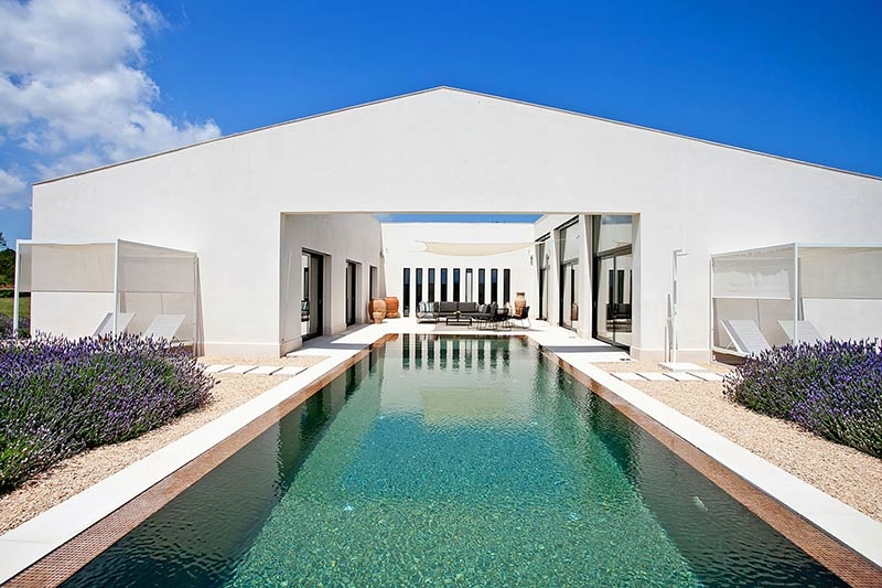 Why You Should Invest in a Holiday Home