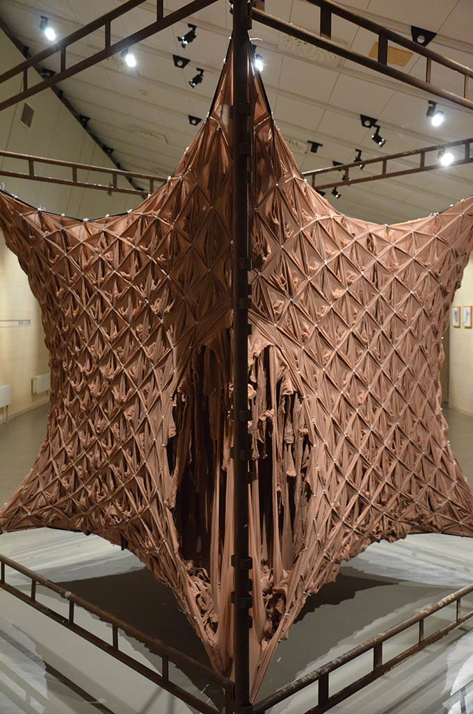 """Skin"", an inhabitable sculpture, constructed using 1800 pairs of tights"