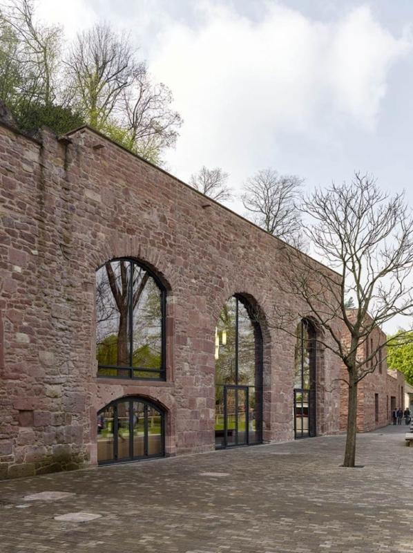 Max Dudler has transformed Heidelberg Castle's historical Sattelkammer into a visitors' restaurant