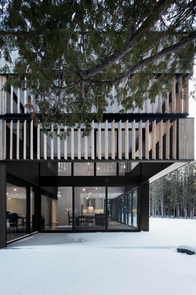 """""""Maison sur le Lac"""" - Two sisters & the rural landscape"""