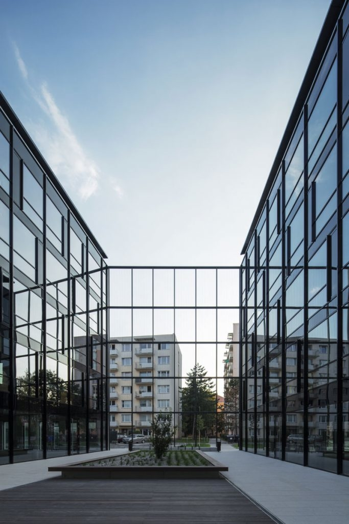 PIANO Office Center, Czech Republic by CMCARCHITECTS