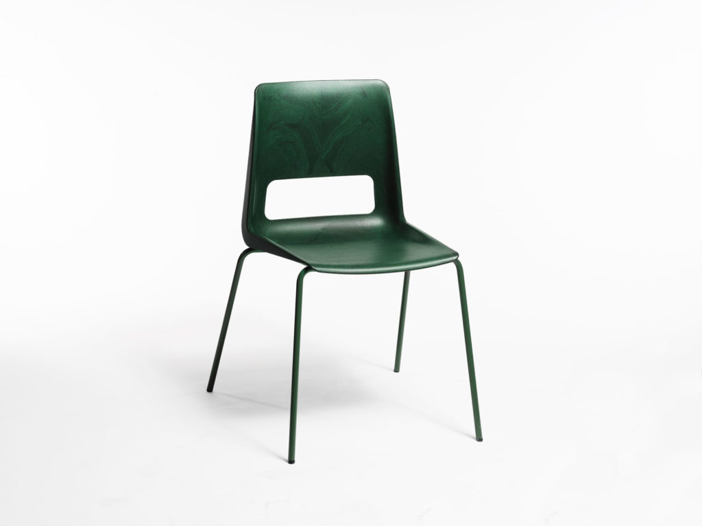 S-1500: A Chair Made from Recycled Plastic from the North of Norway