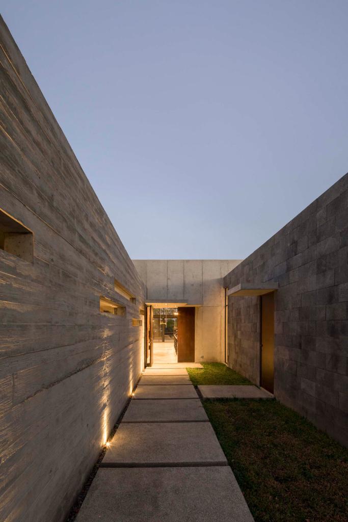 Casa Murray Music by Carazo Arquitectura