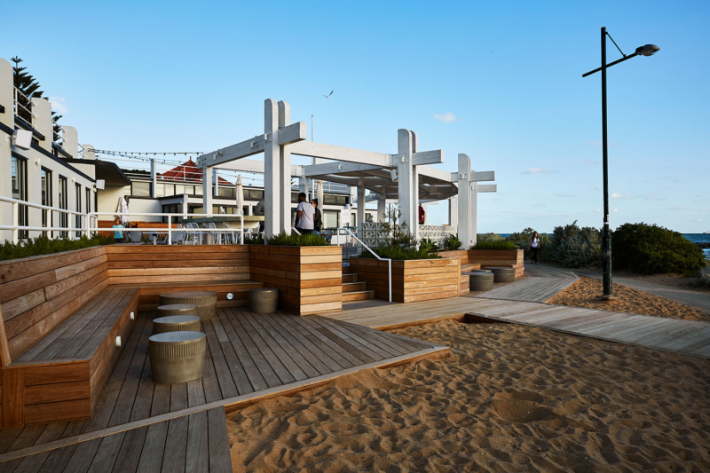 Rear Booth Seats / Sebastian Beach Bar & Grill by Ewert Leaf
