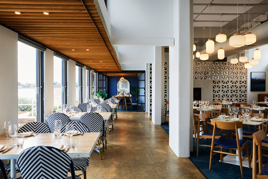 Dining Room / Sebastian Beach Bar & Grill by Ewert Leaf