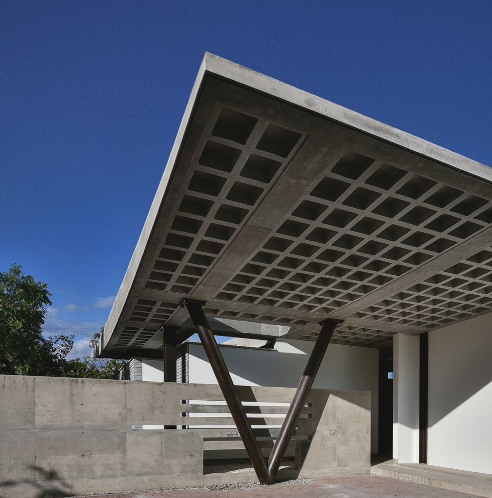 odD House 1.0 in Ecuador by odD+ Architects