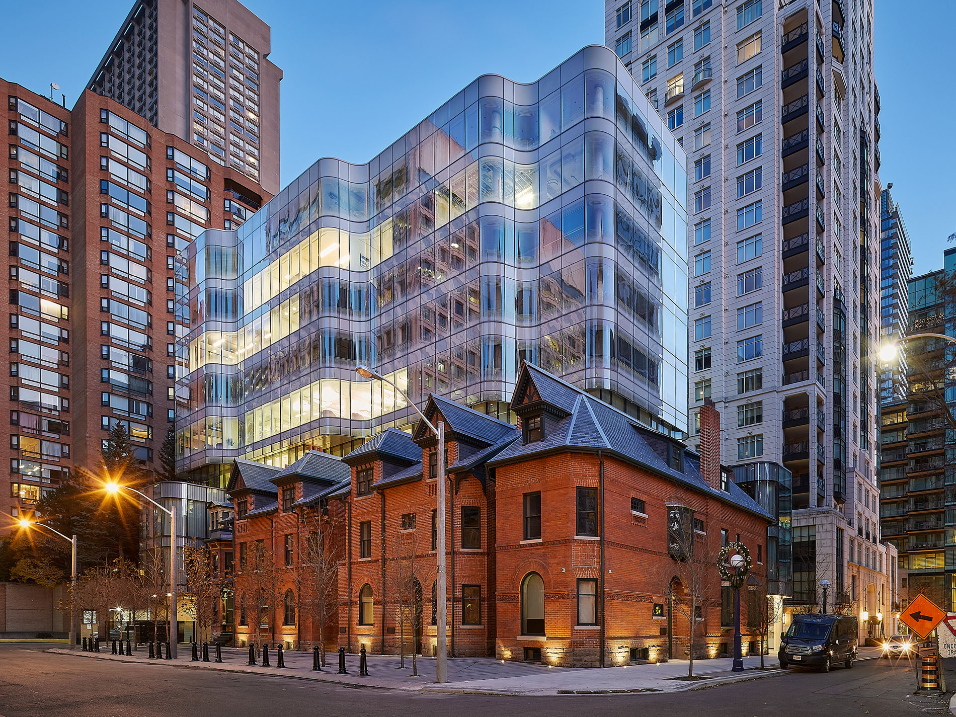Night time view looking south-east - 7 St. Thomas by Hariri Pontarini Architects