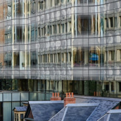 Details of curved glass - 7 St. Thomas by Hariri Pontarini Architects