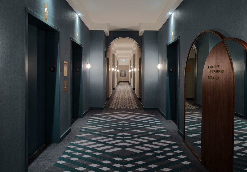 Elevator lobby and guestroom hallway