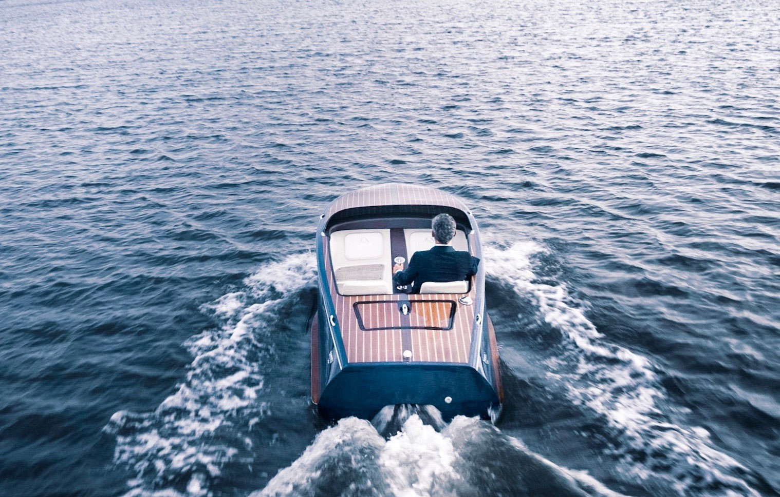 Beau Lake Introduces The Tahoe 14 And Lugano 14 Electric Boats