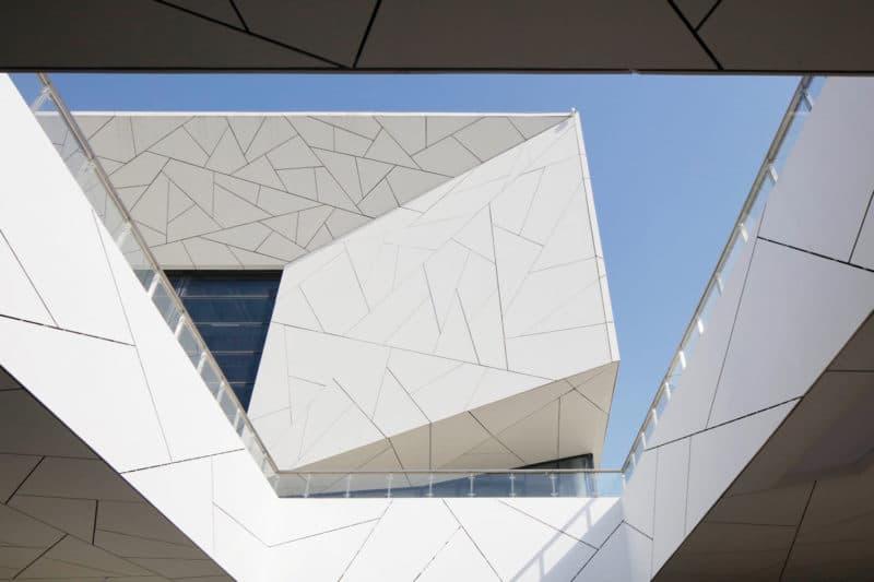 Hangzhou Yuhang Opera Theatre / Henning Larsen
