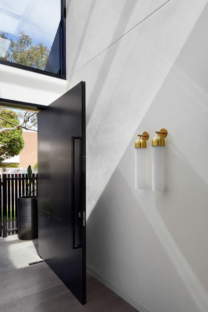 Entrance, Verge House by Finnis Architects