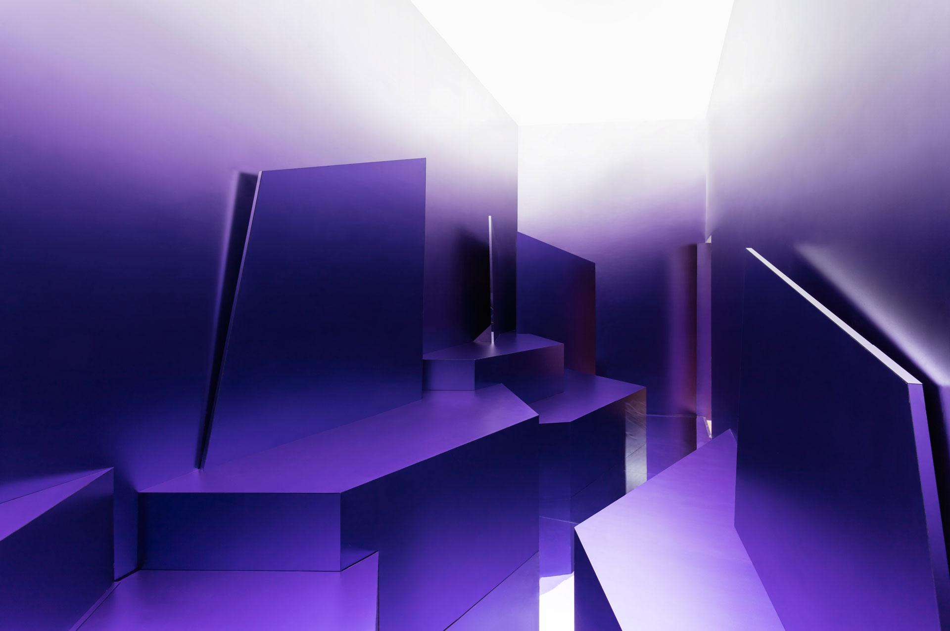 Skychrome Pavilion by Maxim Kashin Architects