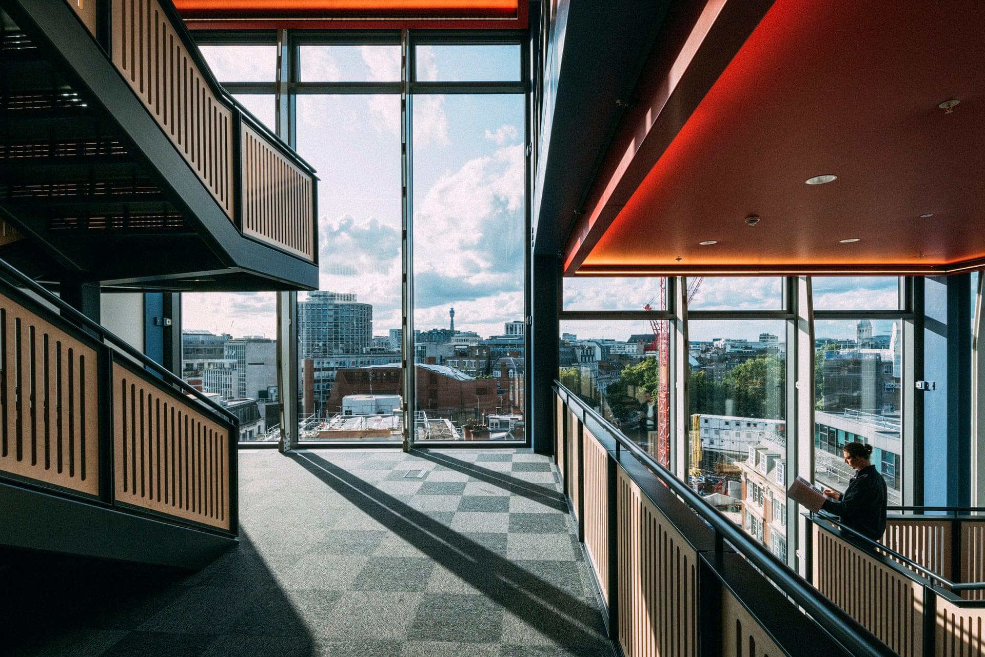 The Guardian Review: LSE's new Centre Building | Design Raid
