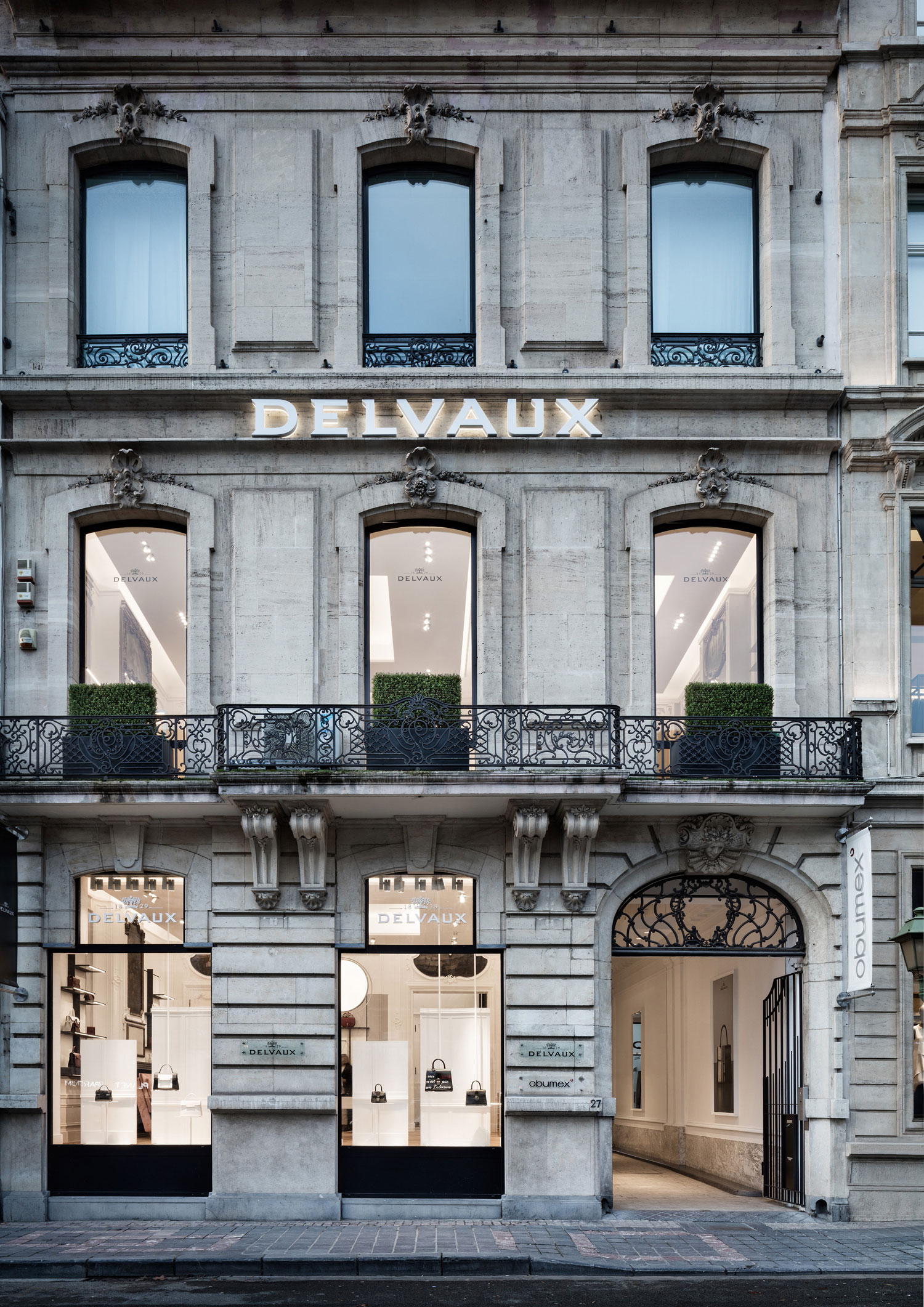 "Delvaux presents ""Le 27"" in Brussels, much more than a boutique"
