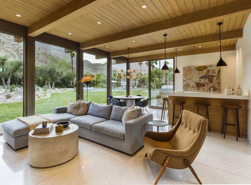 Thunderbird Heights Residence by Stuart Silk Architects
