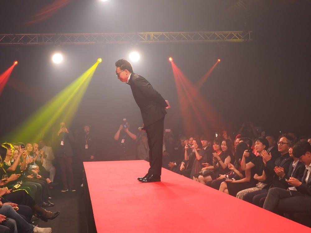 Mr Ken Koo, Red Dot Design Award President, Asia, opening the award
