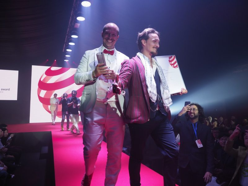 Designers from Lilium winning the Red Dot Luminary