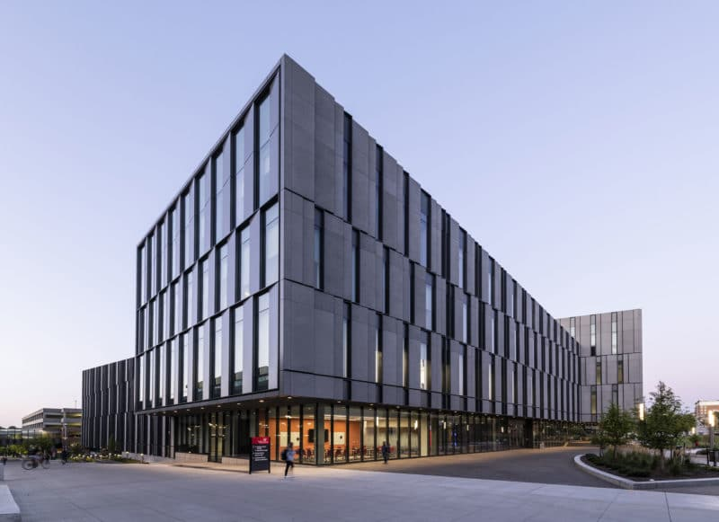 University of Cincinnati's Business School by Henning Larsen