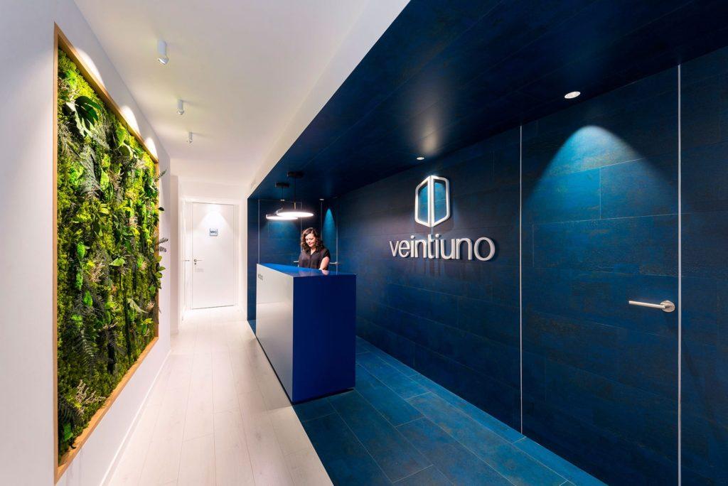 Gabinete Veintiuno by Pablo Muñoz Payá Arquitectos