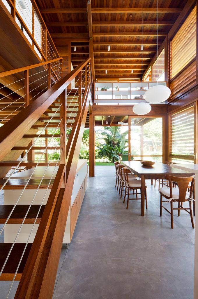 Guaecá I House by AMZ Arquitetos