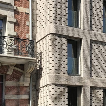 22 housing units in Paris by Avenier Cornejo architectes