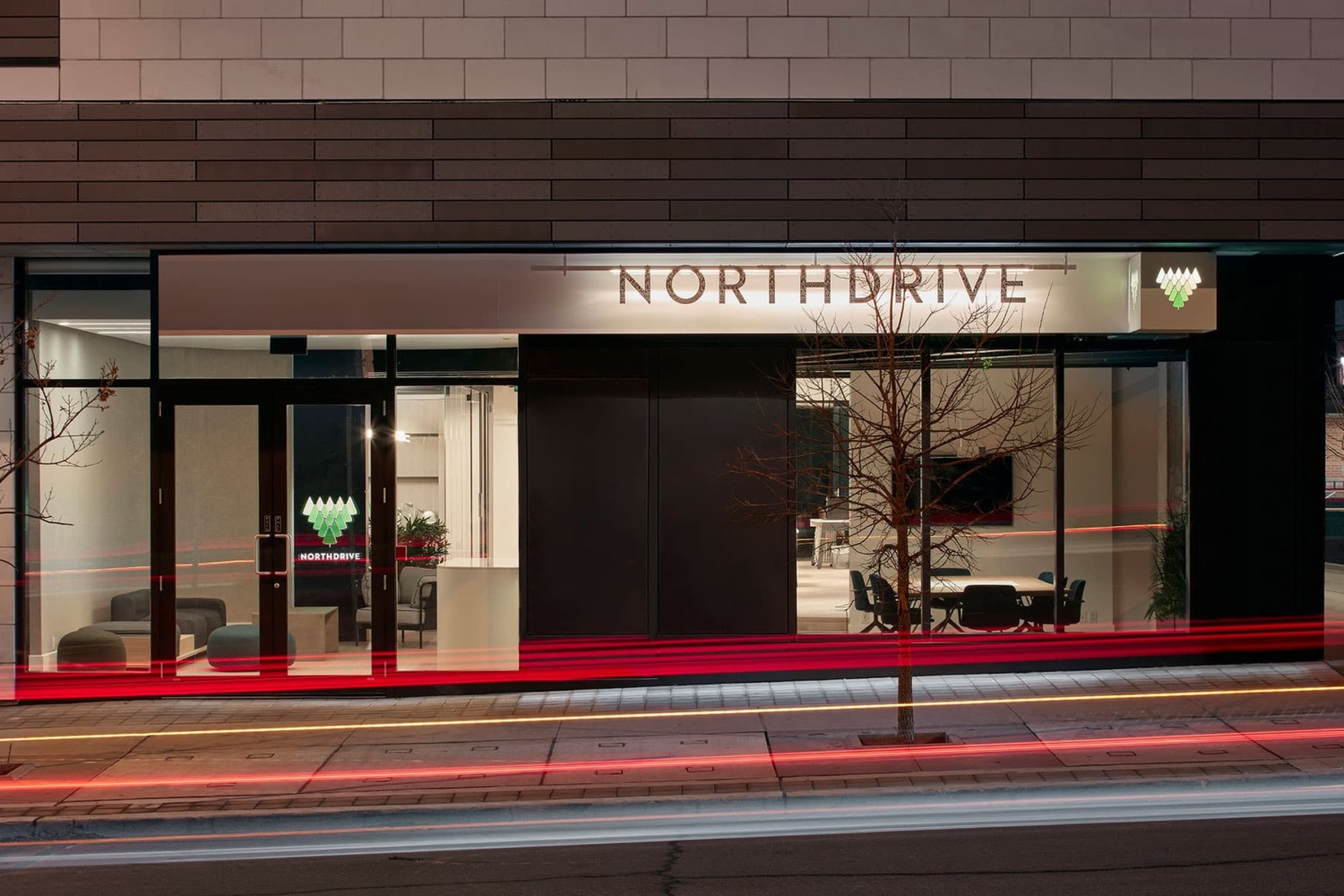 North Drive by Reflect Architecture