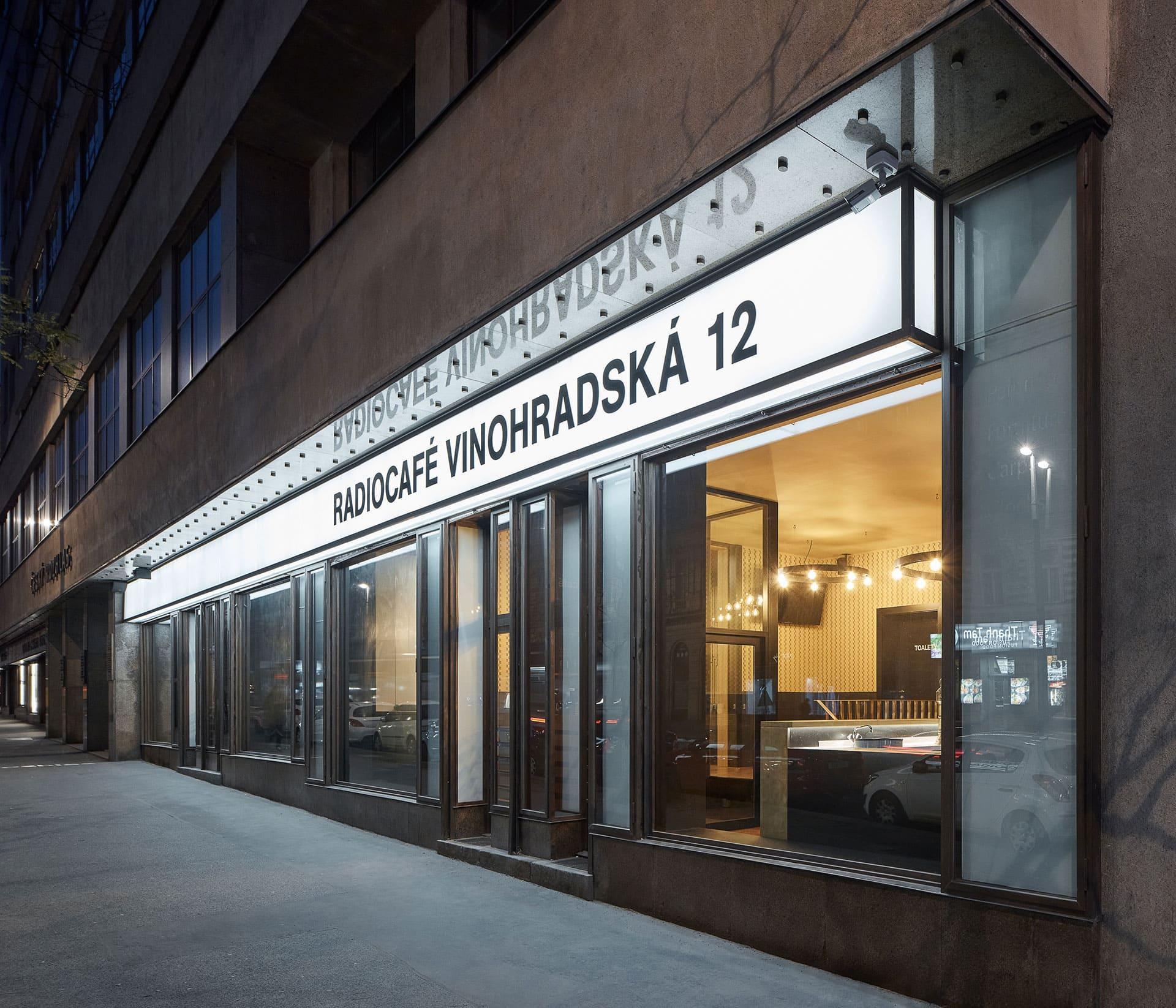 Radiocafé by CMC Architects