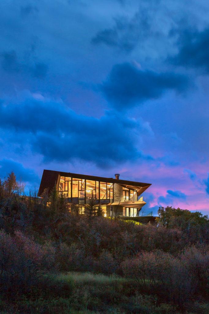 Owl Creek Residence by skylab