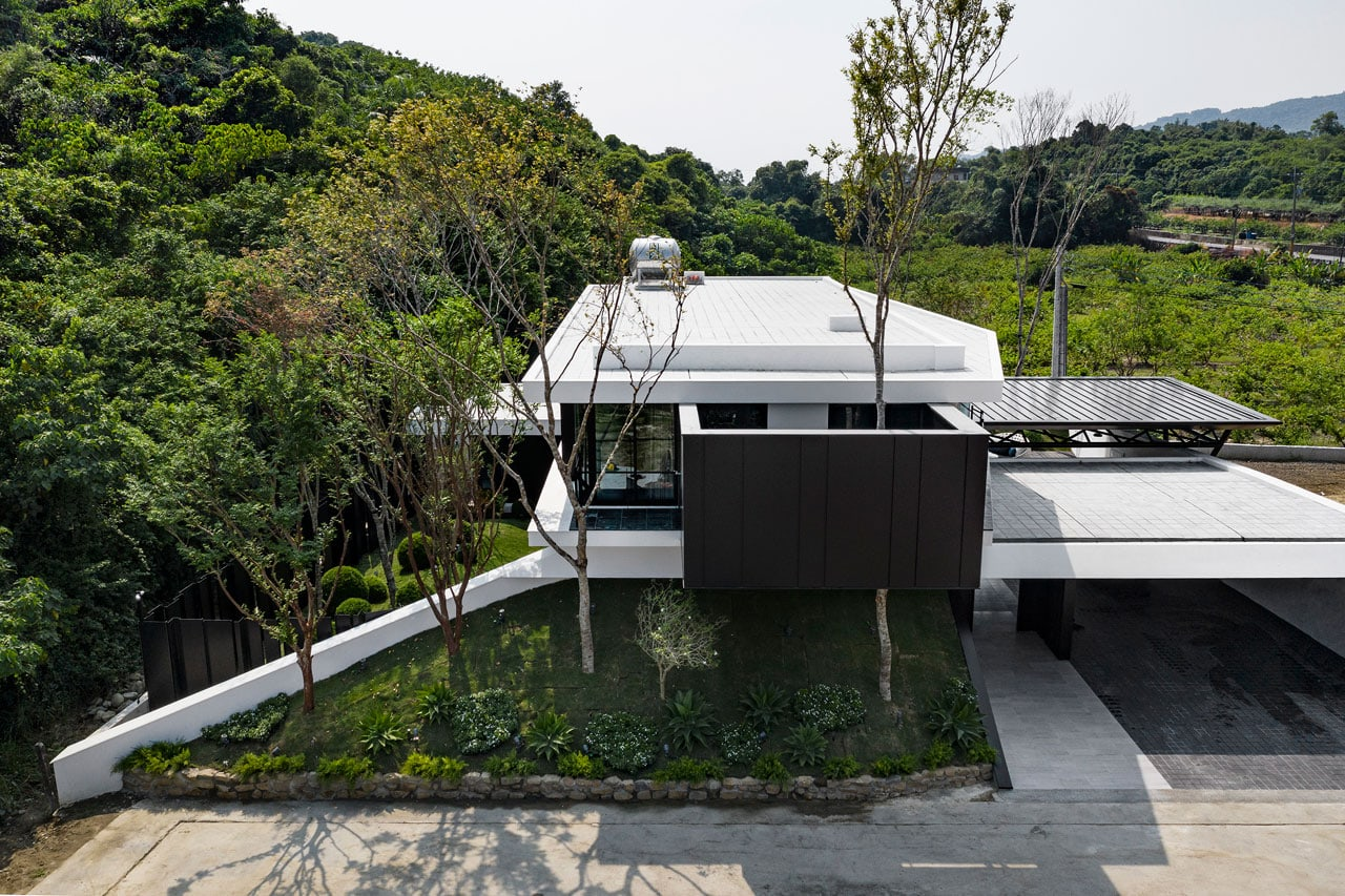 A House Around Nature by chain 10