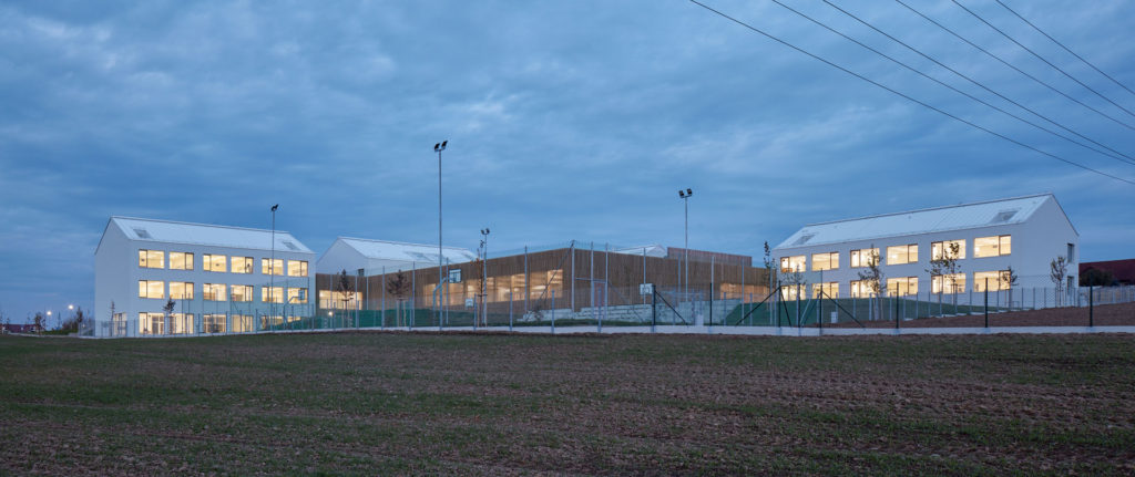 Elementary School Amos by SOA architekti