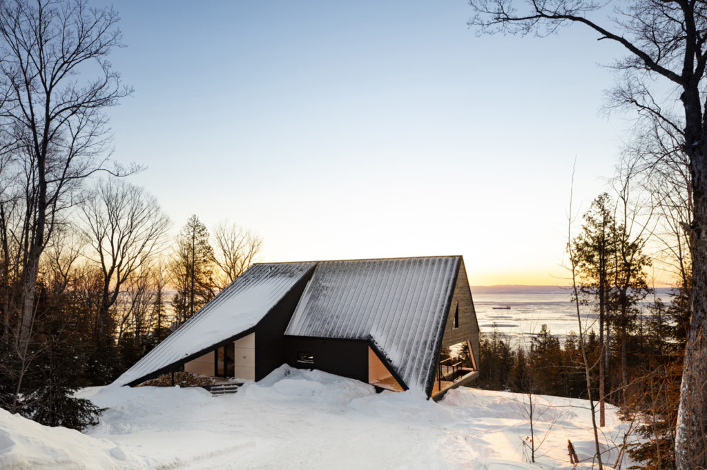 Cabin A by Bourgeois / Lechasseur architects