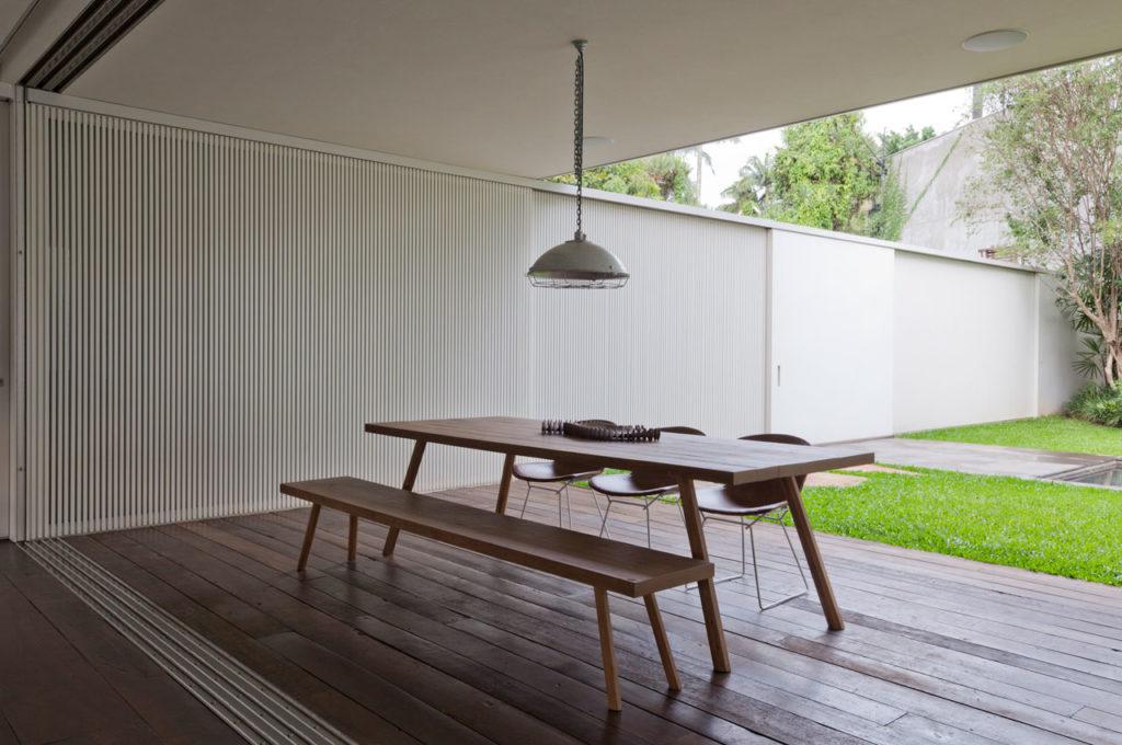 Belgica House by AMZ Arquitetos