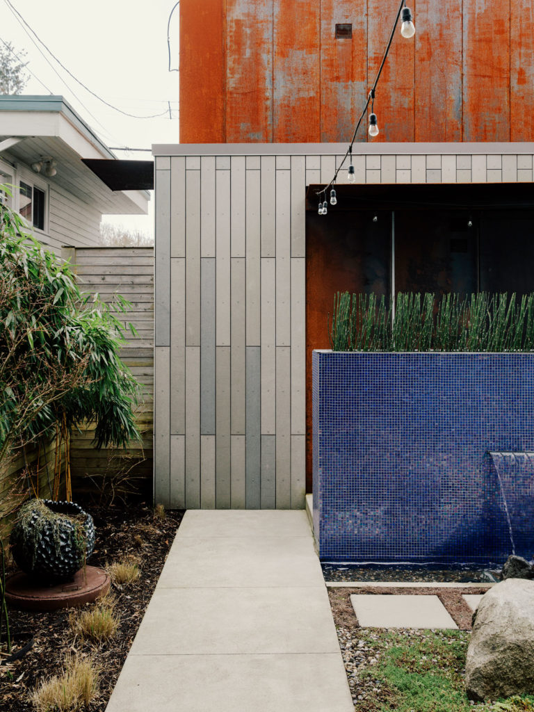 Prefabricated Laneway home by DPo Architecture