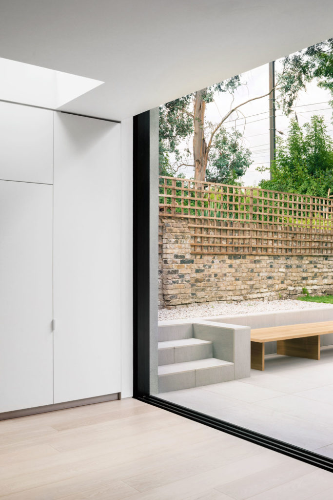 Savernake Road by Alexander Martin Architects