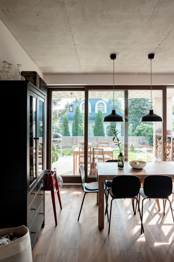 Family house on Nedű street by építész stúdió