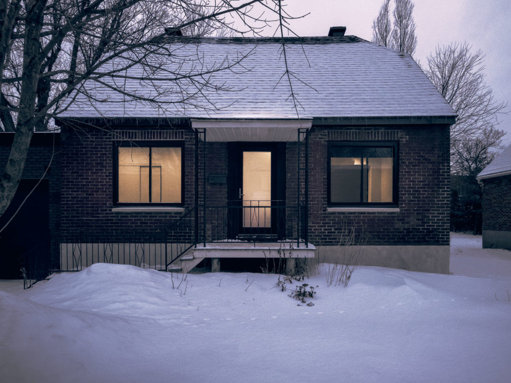 Maison Soeur: A Post‐War Residence Transformed Into Two Twin Houses
