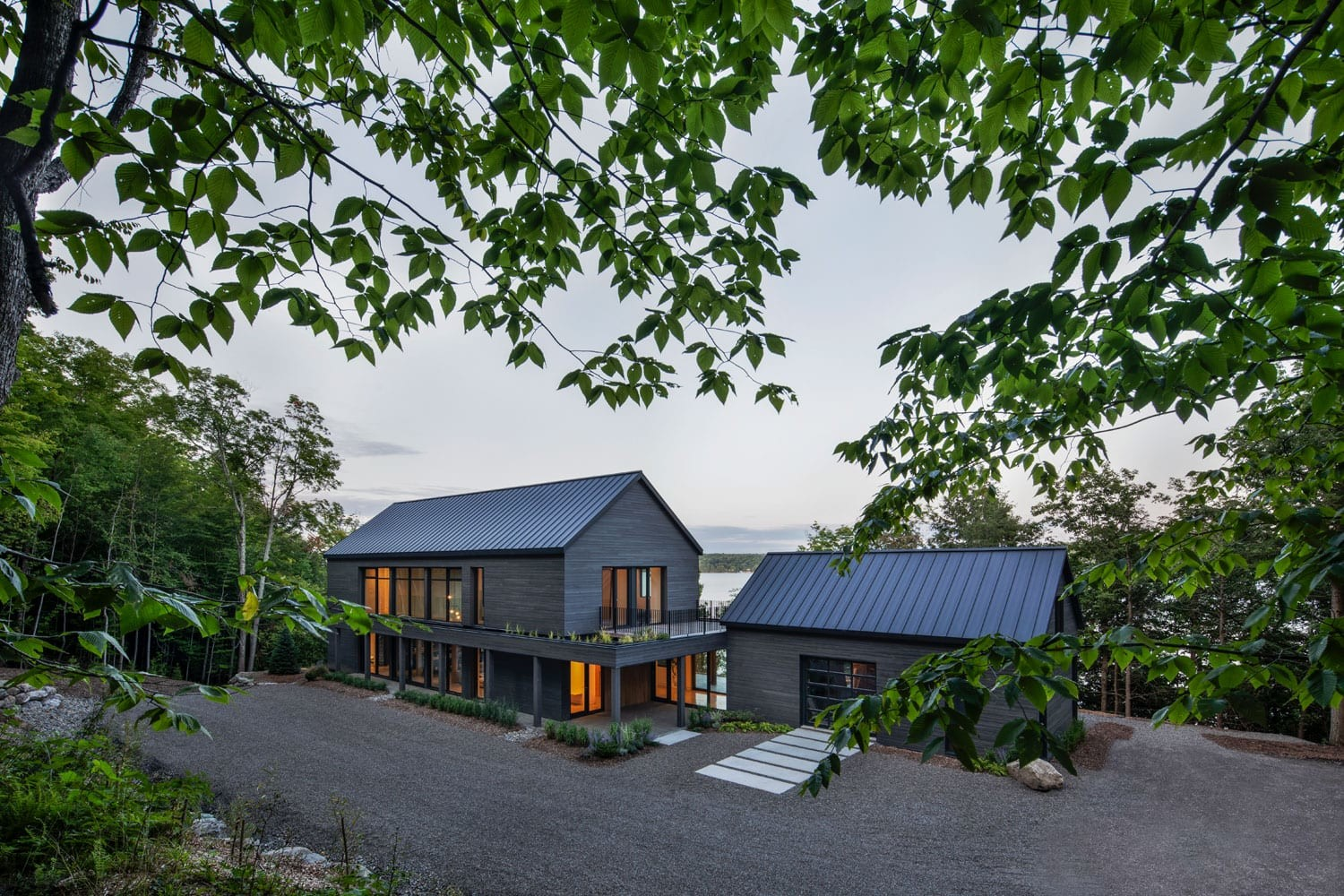 Cap St-Martin house by Bourgeois / Lechasseur architects