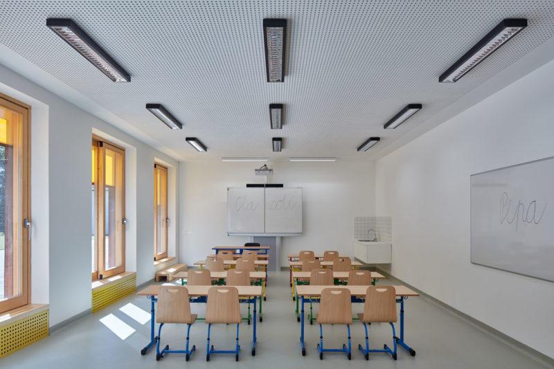 Elementary School Vřesovice - Reconstruction of Baroque Rectory