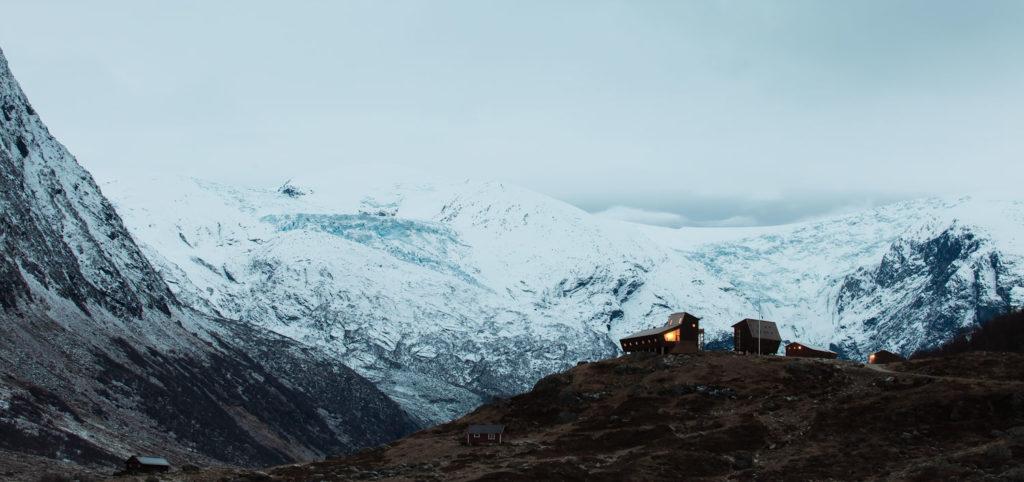 Tungestølen, a Hiking Cabin by Snohetta