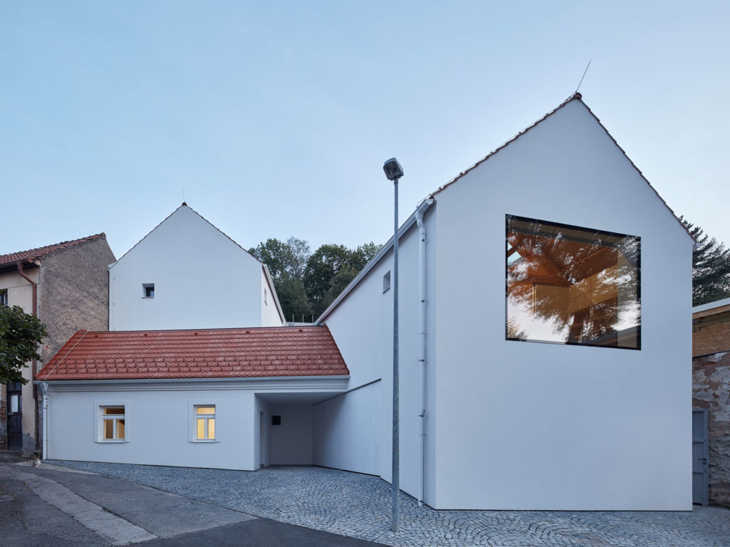 Family House in Jinonice by Atelier 111 architekti