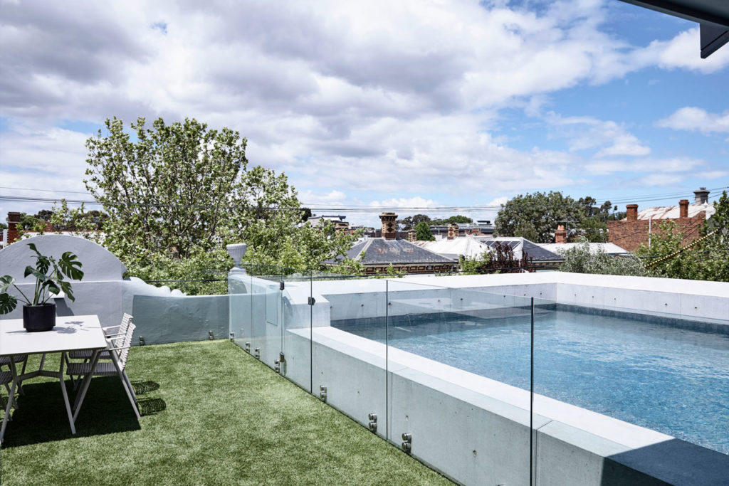 Pool House by Zen Architects