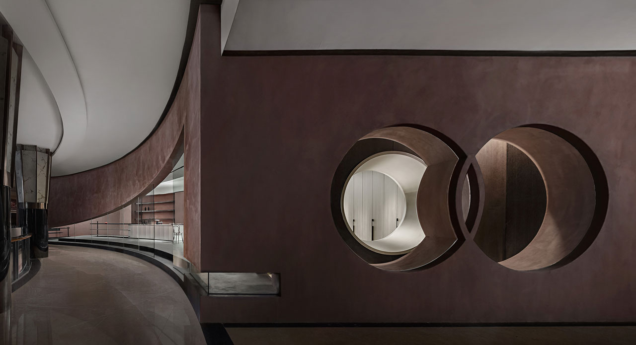 SigMann Showroom by Spring Design Office